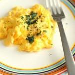 5分でできる「リッチスクランブルエッグ」~簡単わくわく朝ごはん~