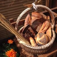 """焼きたてを頬張る幸せ…♪美味しい""""朝ごパン""""スポット"""
