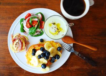 山崎佳さんの朝食プレートテクニック