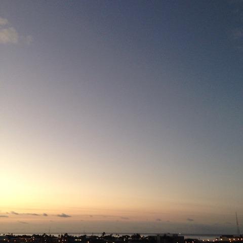 2度寝の気持ちいい季節と、guilty pleasure。【ハワイ】Aloha Morning!