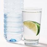 """朝の一杯の""""お水""""がいい理由と水の種類"""