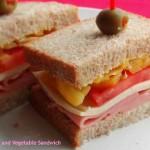 マスタードとタラゴンでさわやかな風味をつけた「ハム&野菜サンドイッチ」