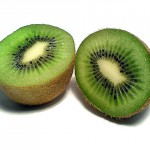 果物の女王「キウイ」は皮ごと食べられる!栄養を残さず摂取する方法とは?