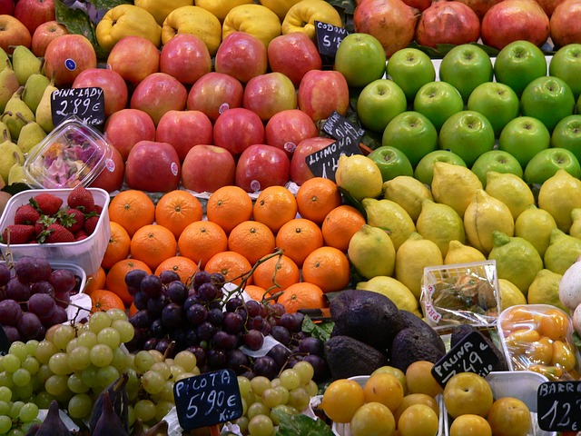 fruit-market-590320_640
