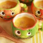 """かわいいジャック""""ワンタン""""入り!ハロウィンのかぼちゃスープ"""