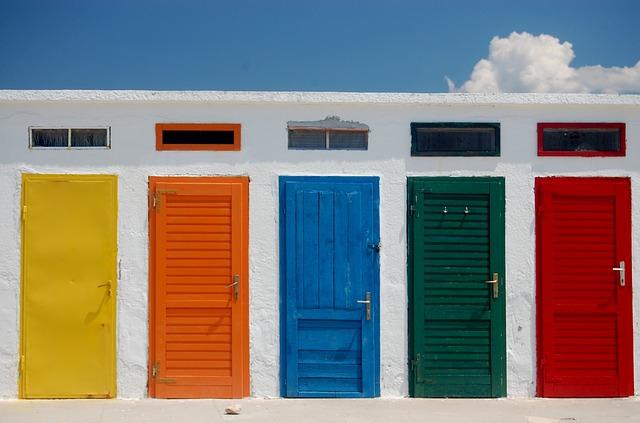 closed-door-791954_640
