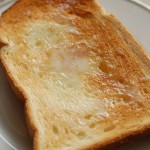 5分でできる!「練乳バタートースト」~めんどくさがり屋さんの簡単あさごはん~
