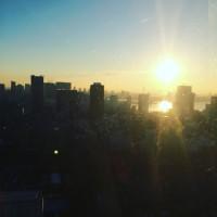 東京タワー大展望台で朝ヨガ