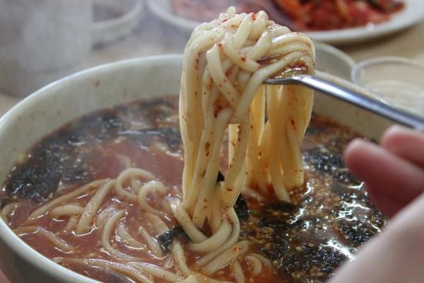 noodles-209921_960_720