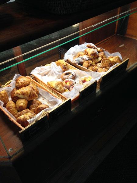 トロントの美味しいクロワッサンで朝食を_2new