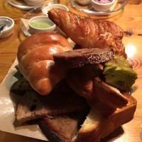 【北小金】パン好きの聖地で大感動のモーニング@ツオップ