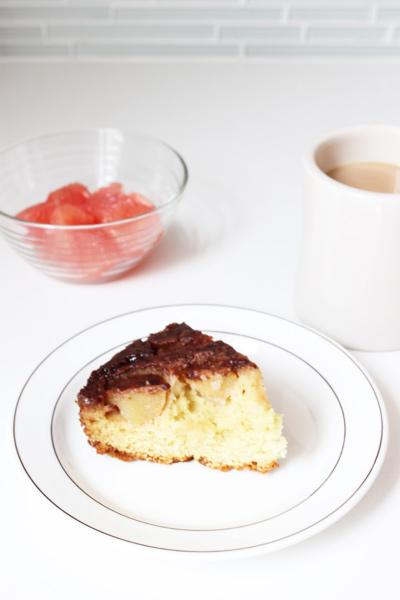 朝食にアップルケーキを焼いてみました_1new