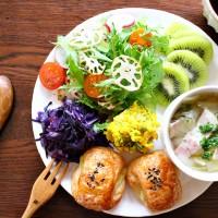 10分おかず!紫キャベツとベーコン炒めの朝ごはん