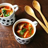 時短で栄養ギュッ♪朝におすすめ「ほうれん草のトマトスープ」
