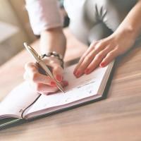 書く文字で性格が分かる!あなたの字はどのタイプ?