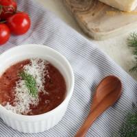 すりおろして混ぜるだけ。トマトとチーズの美肌スープ♪