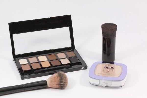 make-up-1215277_960_720