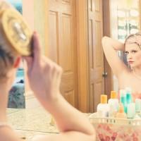 薄毛や抜け毛…髪の「オス化」はストレスが原因!
