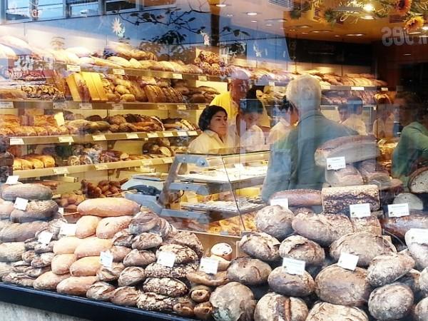 bread-726528_640