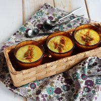 レンジで作る「食べるスープ」♪パプリカとネギのイエローポタージュ