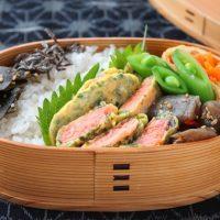 下味いらずで楽チン!「鮭の磯辺ピカタ」のお弁当
