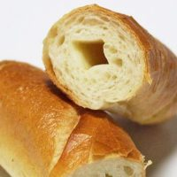 カリッ、ジュワ~な食感にハマる!「塩バターパン」の人気店5選