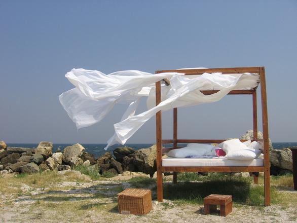 beach-bed-1553542