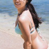 深田恭子写真集『AKUA』魅惑の美ボディはマーメイド!