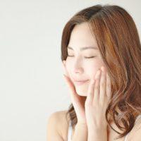 秋の肌トラブルは乾燥から!6つの美肌習慣で潤いをキープしよう