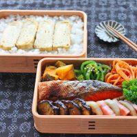 旬野菜をシンプルに楽しむ「れんこんのベーコンサンド」のお弁当