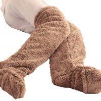 冷え症さん必見!脱がずに足が出せて便利な「フットカバー」
