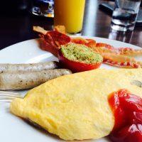 オープンキッチンで出来たてふわふわのオムレツ♬ホテル朝食【グランド ハイアット 東京】