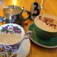 オンタリオ湖畔のJuniper Cafeでの朝ごはん