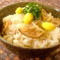 甘辛風味がたまらない!「きんぴら×ご飯」の朝食レシピ5選
