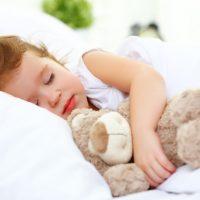 """sleep"" と ""go to bed"" はどう違う?「眠り」にまつわる英語表現まとめ"