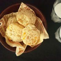 ピリッと大人味!ホットケーキミックスで楽ちん「チーズとベーコンのスコーン」