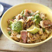 ヘルシー&美肌レシピ!簡単おいしい「くるみとアボカドの炊き込みご飯」
