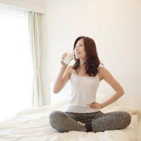 白湯や運動、フルーツ…「朝の健康法」が効く理由まとめ
