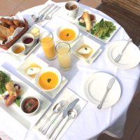 【旅の朝コラム】葉山の海を一望!あこがれの絶景テラス朝食♪