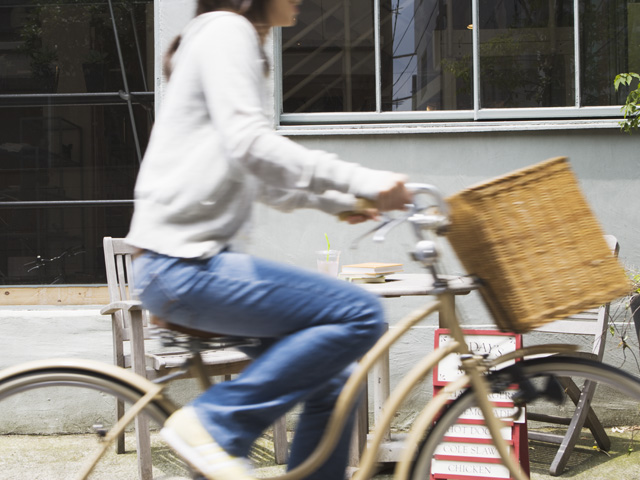 自転車 を こぐ 英語