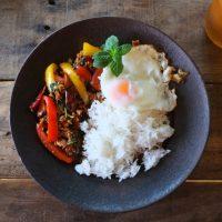 暑さを吹き飛ばそ!ブランチにおすすめ「タイ料理」レシピ3つ