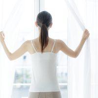 """太りやすい体質の原因にも!25歳から下り坂の""""肩甲骨のケア方法"""""""