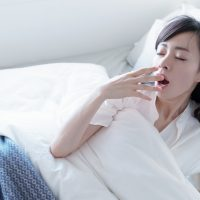 目覚めがスッキリしない朝!ワンアクションでできる簡単お目覚め術3つ