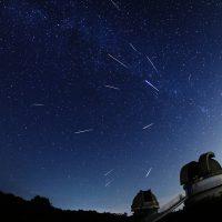 流れ星を数えよう!8.12~8.13「ペルセウス座流星群」が見ごろです