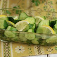 夏のカンタン作り置きといえばコレ!「きゅうりのレモン漬け」
