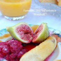 ロマンティックな朝食@南フランス