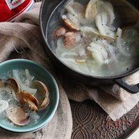 白菜の芯が甘~い♪ヘルシーな「あさりの中華風スープ」