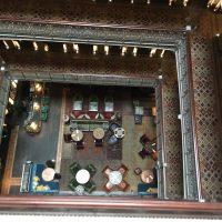 マンハッタンのホテルで静かな朝カフェ