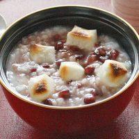残りご飯でカ~ンタン♪やさしい甘みと繊維たっぷり「小豆がゆ」