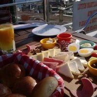 冬の晴れた日の朝食は。